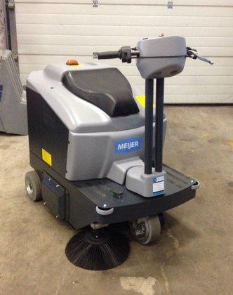 Meijer opzit veegmachine VR 850