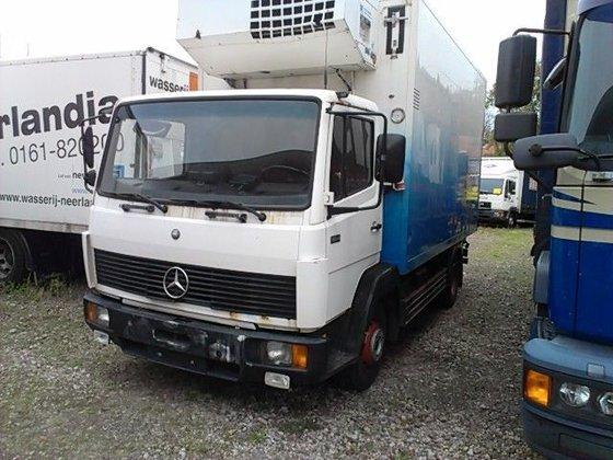 1992 Mercedes-Benz 814 in Tilburg,