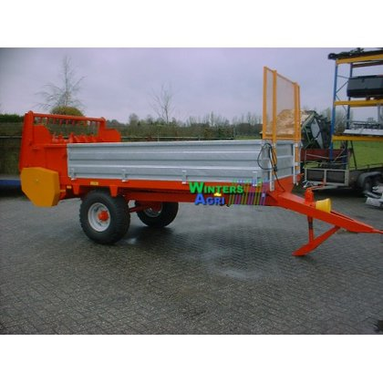 Meststrooier 4 ton in Hollandscheveld,