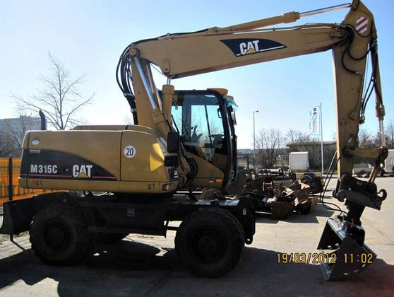 2005 Caterpillar M315 C in