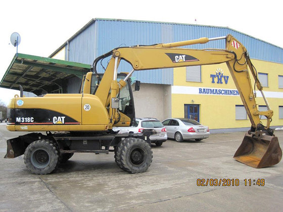 2003 Caterpillar M318 C in