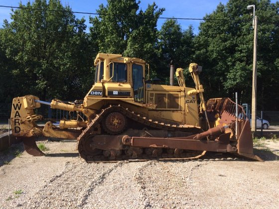 1988 Caterpillar D8N-Ripper in Maasmechelen,
