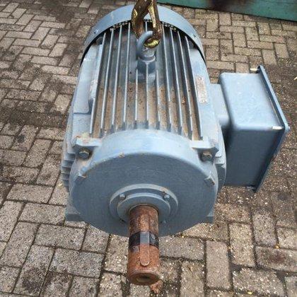 electromotor AEG in Zevenbergschen Hoek,
