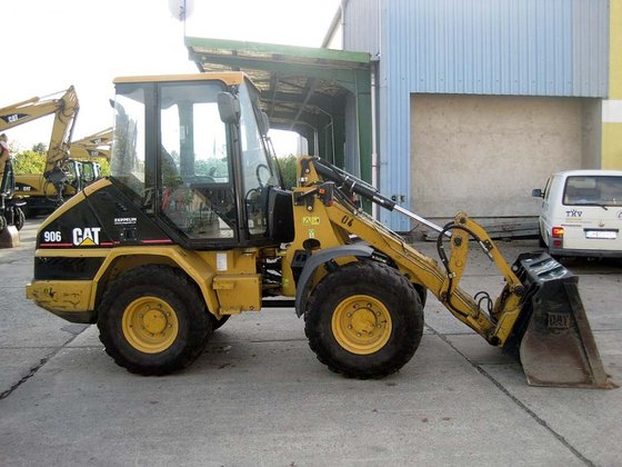 2007 Caterpillar 906 in Schwedt,
