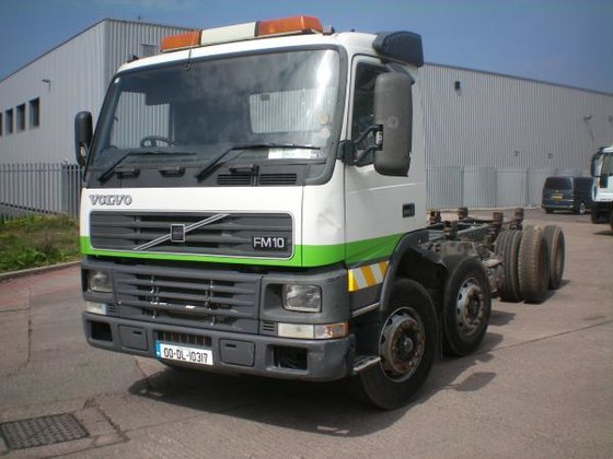 2000 Volvo FM10 in Willenhall,