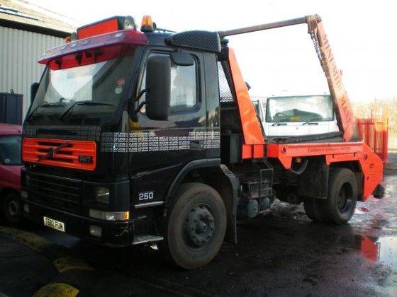 1999 Volvo FM7 250 in