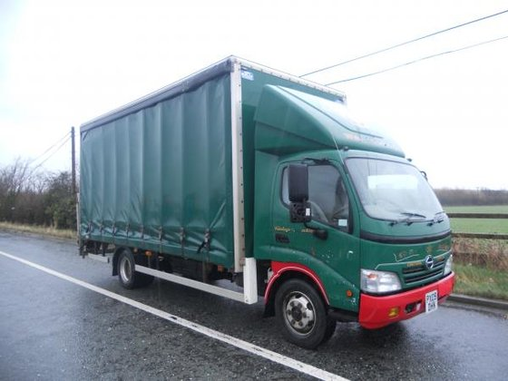 2009 Hino 300 SERIES in
