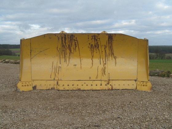 Caterpillar/Quadtrac/Xeri Maisschiebeschild Biogas in Freihung,