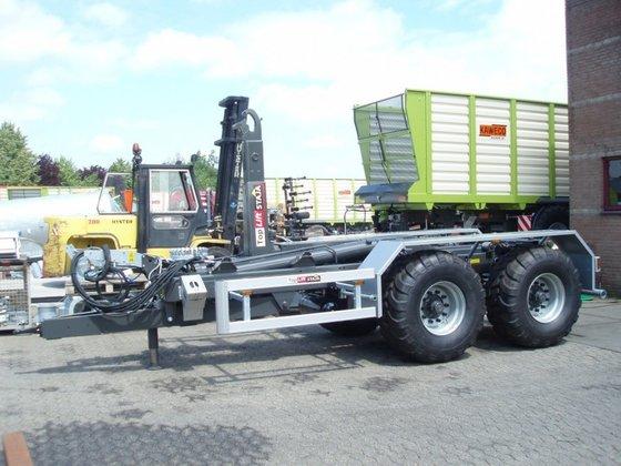TopliftStaja TS1849 in Bruntinge, Netherlands