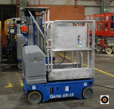 2007 Genie GR15 in Éperlecques,