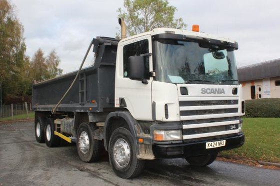 2000 Scania 114 340 in