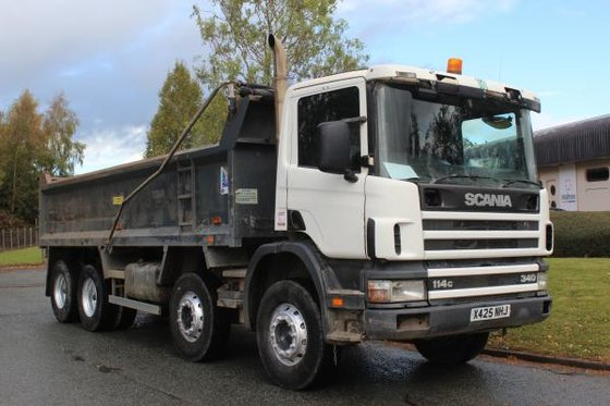 2001 Scania 114 340 in