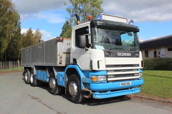 2002 Scania 114 340 in