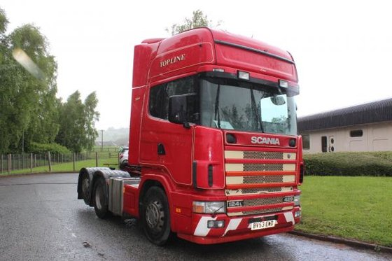 2004 Scania 124 420 in