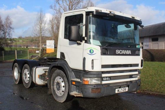 2000 Scania 124 420 in