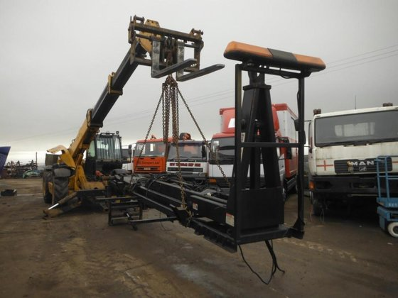 2008 stella shuttle Hookloader in