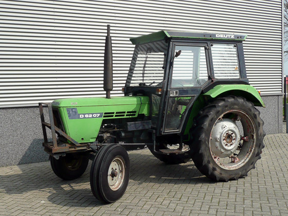Deutz-Fahr D6207E in Oosterhout, Netherlands
