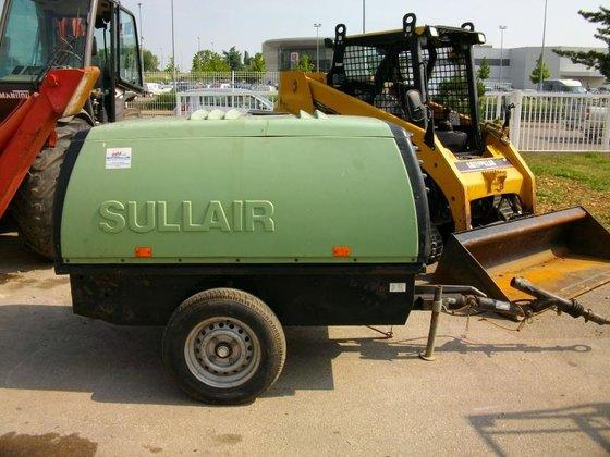 2002 Sullair 85 in Brochon,