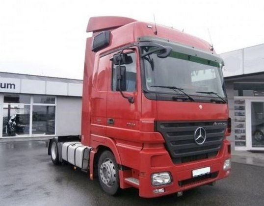 2008 Mercedes Benz Actros 1844