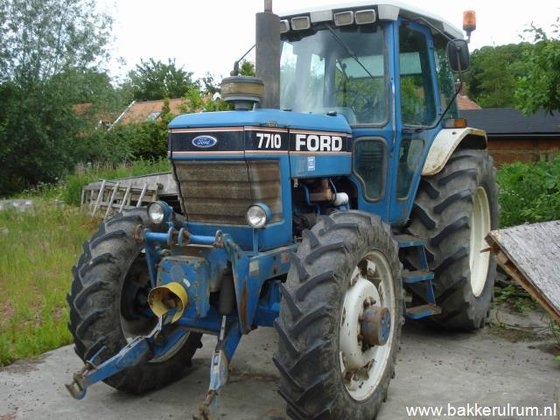 Ford 7710 II FWD in