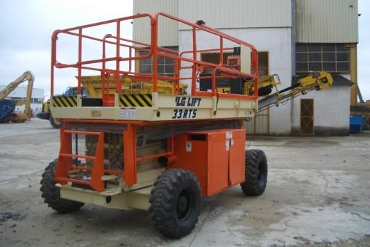 2000 JLG 33 RTS in