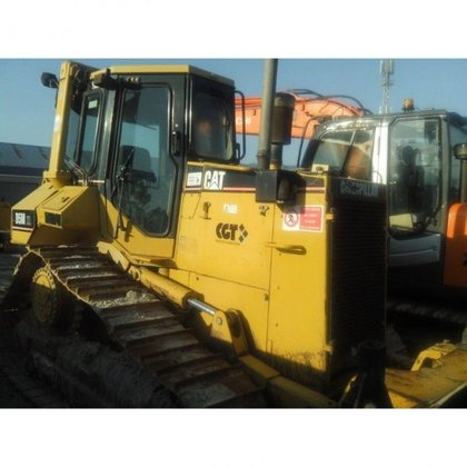 Caterpillar D5M-xl in Queenstown, South