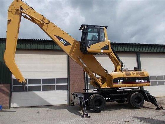 2005 Caterpillar M325C MH in