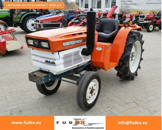Kubota B1600 mini tractor iseki