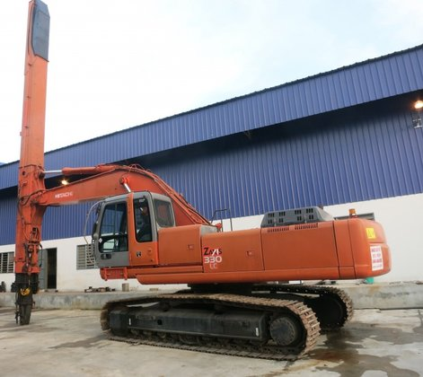 2005 Hitachi ZX330LC in Hardenberg,