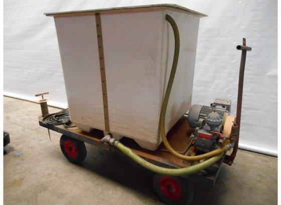 Spuitwagen in Noordhoek, Netherlands