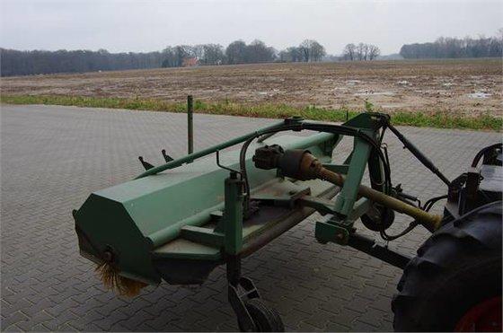 Holaras veegmachine in Borne, Netherlands