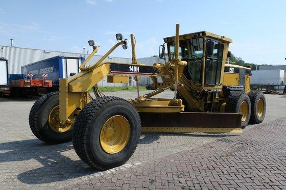 2007 Caterpillar 140H in Alphen