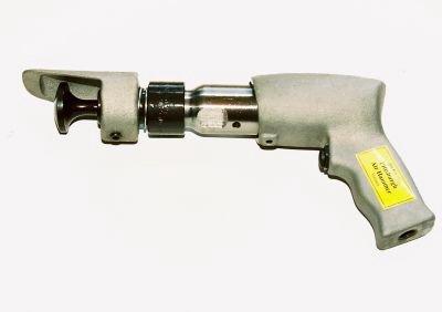 Tin Knocker Pittsburgh Hammer, Closes