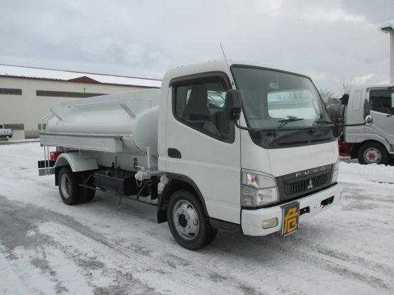 2011 MITSUBISHI FUSO CANTER in Asahikawa, Japan