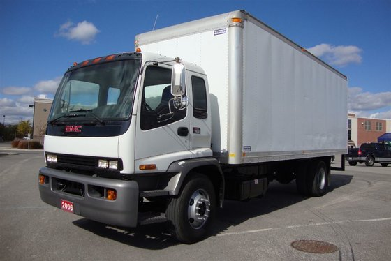 2006 GMC T7500 in Mississauga,
