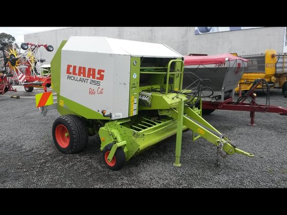CLAAS ROLLANT 255 ROTOCUT in