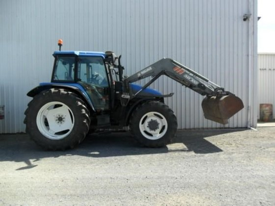 NEW HOLLAND TS115 in New