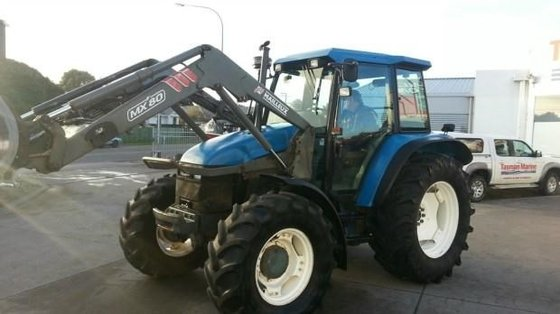 NEW HOLLAND TS100 in New