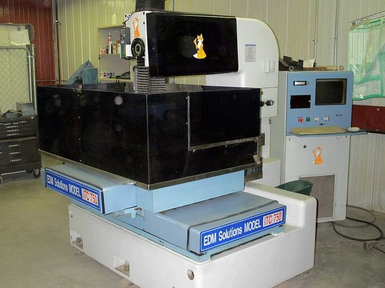 1998 EDM Solutions Model ITW-750
