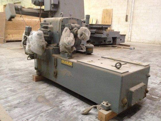 OILGEAR DPG-352500 Hydraulic Pump in