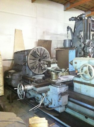 American Pacemaker 32 Engine Lathe