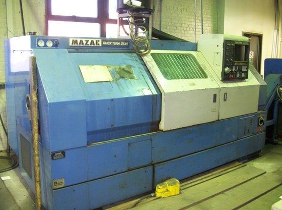 """10"""" chuck Mazak Model QT-20N"""
