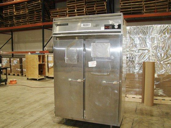 Victory RA-2D-S6 Solid Door Refrigerator