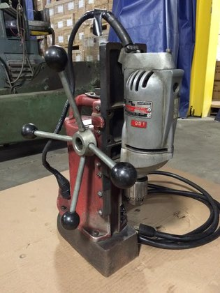 Milwaukee Model 4201 Single Spindle