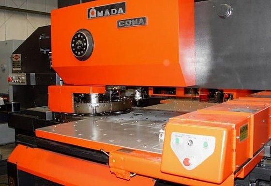 55 ton Amada Coma 555