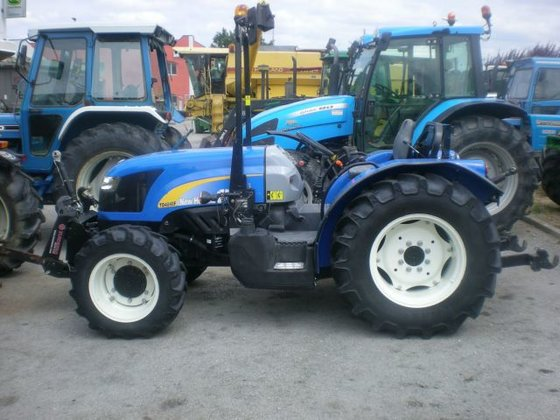 New Holland Orchard Tractors : New holland td f fruit orchard tractors in