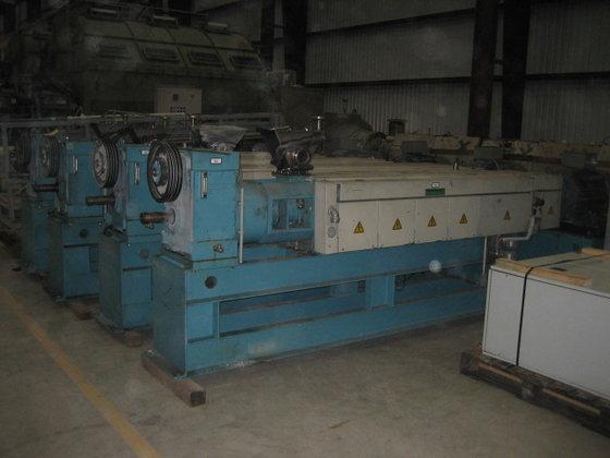 BARMAG 9E10/30D 90MM 30/1 L/D