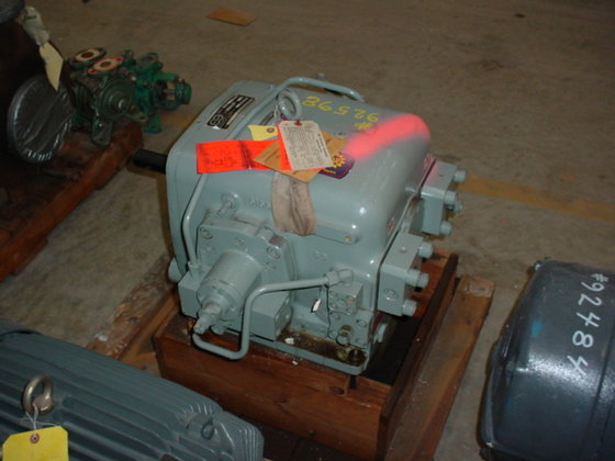 OIL GEAR DH-2011 HYDRAULIC PUMP