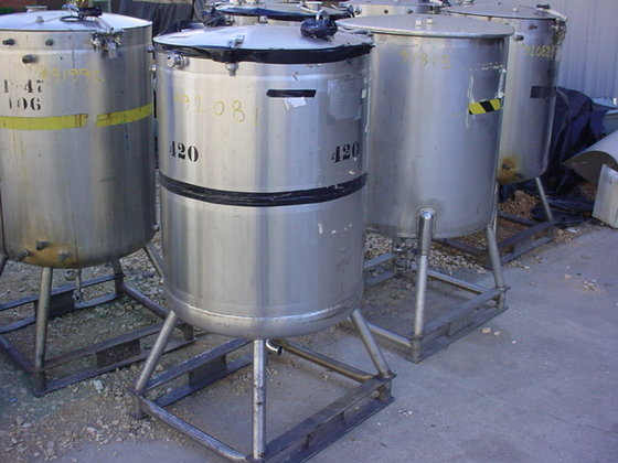 1981 WALKER STAINLESS JACKETED TANK