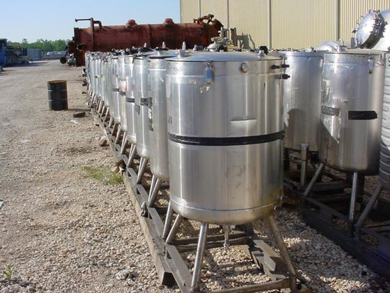 1981 MUELLER JACKETED TANK WITH